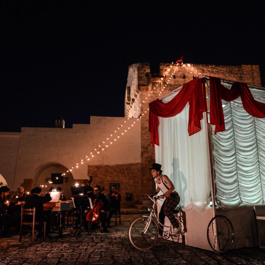 Cultura e digitale - Festival della Valle d'Itria - Opera in masseria
